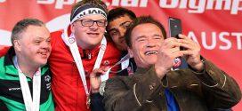 Gúnyolódott az értelmi sérült versenyzőkön – Schwarzenegger úgy leoltotta, hogy kő kövön nem maradt