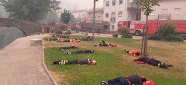 Így töltik 10 perces pihenőjüket a hős portugál tűzoltók