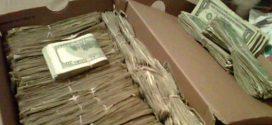 A férj talált egy doboznyi pénzt a haldokló neje polcán. Nevetett kínjában amikor rájött honnan a mesés vagyon!
