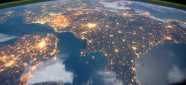 Így látja az űrhajós éjjel a Földet, gyönyörű éjjeli felvételek