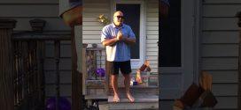 Életében először látja a színeket a 66 éves férfi