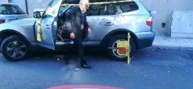 A BMW-s bácsi legyőzte a kerékbilincset – videó