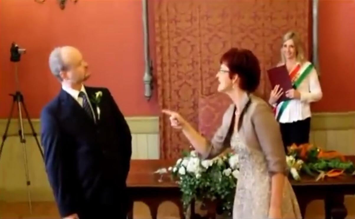 Ezért dőlt a röhögéstől a násznép a magyar pár esküvőjén.